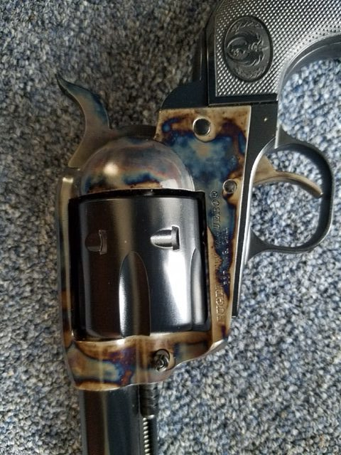 Ruger Varquero Color Case left side of Revolver