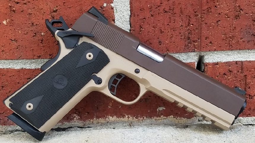 three color custom cerakote CHOCOLATE BROWN H-258Q Slide, DESERT SAND H-199Q frame, and GRAPHITE BLACK H-146Q accessories